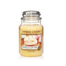 Yankee Caldle Vanilla Cupcake